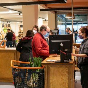 Supermercats cooperatius: els projectes pioners apugen persianes
